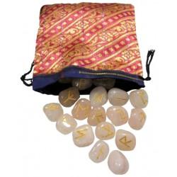 Runes quartz rose